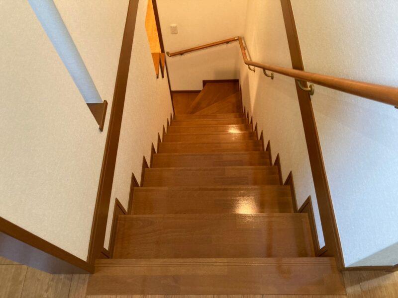 UVコーティング 階段